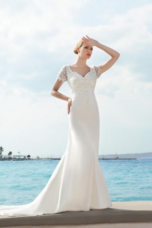 Anoushka G Dresses