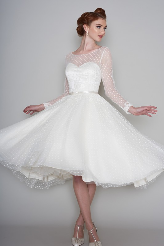 Loulou bridal wedding dresses latest loulou bridal for Wedding dresses pin up style