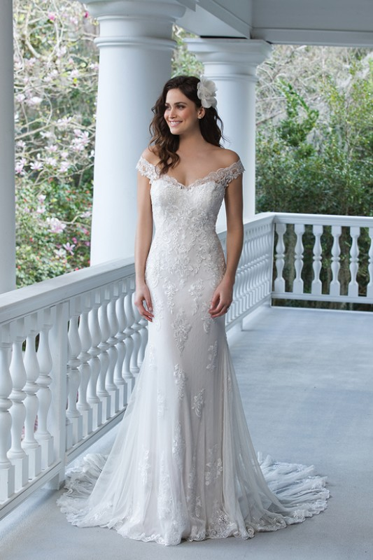 Sincerity wedding dresses latest sincerity wedding for Bra for wedding dress shopping