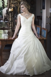 Alexia Bridal Wedding Dress W400