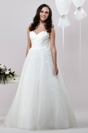 Alexia Daisy Wedding Dress D013