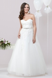 Alexia Daisy Wedding Dress D027