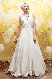 Alexia Daisy Wedding Dress D031