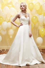 Alexia Daisy Wedding Dress D033