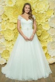 Alexia Daisy Wedding Dress D043