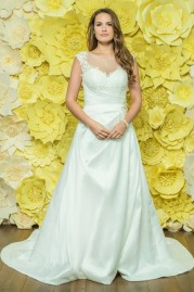 Alexia Daisy Wedding Dress D046