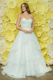 Alexia Daisy Wedding Dress D047