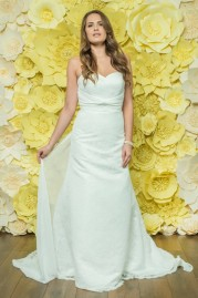 Alexia Daisy Wedding Dress D048