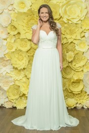Alexia Daisy Wedding Dress D050