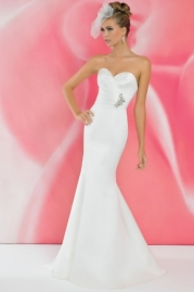 Alexia Ivory Wedding Dress I107