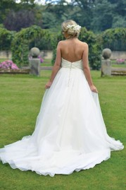 Ivory & Co Wedding Dress Garden Party
