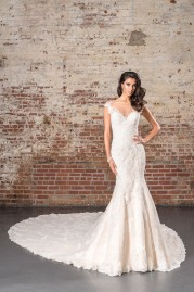 Justin Alexander Signature Wedding Dress 9845