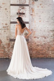 Justin Alexander Signature Wedding Dress 9849