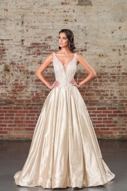 Justin Alexander Signature Wedding Dress 9855