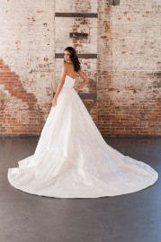 Justin Alexander Signature Wedding Dress 9858