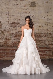 Justin Alexander Signature Wedding Dress 9859