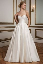 Justin Alexander Wedding Dress 8825