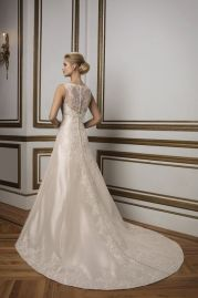 Justin Alexander Wedding Dress 8831 Back