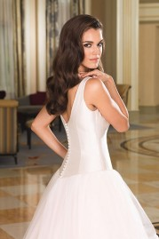 Justin Alexander Wedding Dress 8850