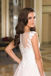 Justin Alexander Wedding Dress 8852