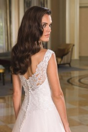 Justin Alexander Wedding Dress 8854