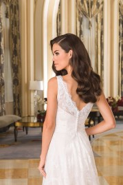 Justin Alexander Wedding Dress 8857