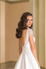 Justin Alexander Wedding Dress 8861