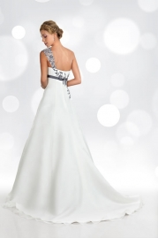 Orea Sposa Wedding Dress L766 Back