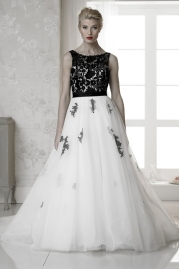 Rosa Couture Wedding Dress Beau