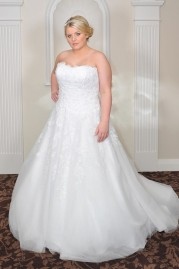 Rosa Couture Wedding Dress Scarlett