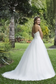 Sweetheart Wedding Gown 6106 Back