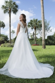 Sweetheart Wedding Gown 6107 Back