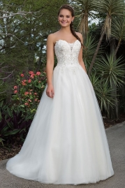 Sweetheart Wedding Gown 6110