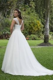 Sweetheart Wedding Gown 6117 Back