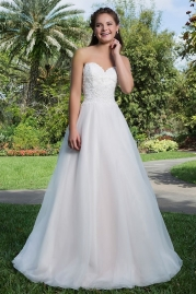 Sweetheart Wedding Gown 6132