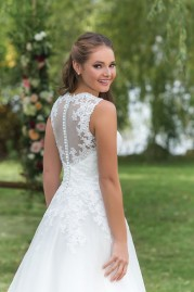 Sweetheart Wedding Gown 6146