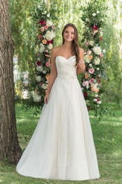 Sweetheart Wedding Gown 6152