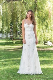 Sweetheart Wedding Gown 6153