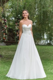 Sweetheart Wedding Gown 6154