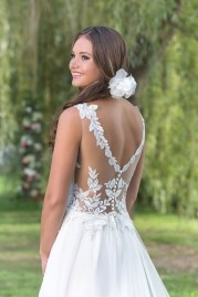 Sweetheart Wedding Gown 6157
