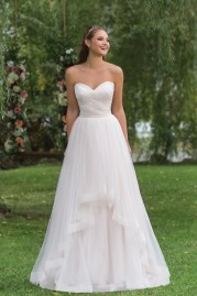 Sweetheart Wedding Gown 6158