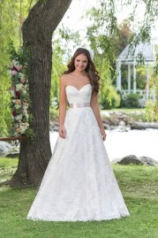 Sweetheart Wedding Gown 6160