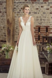 True Bride Wedding Dress W230