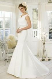 True Bride Wedding Dress W258