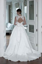Veromia DZage Wedding Dress D31561 Back