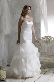 Veromia DZage Wedding Dress D31602
