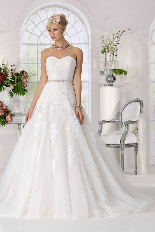 wedding dress chicago tres chic wedding dresses tres chic wedding 9198